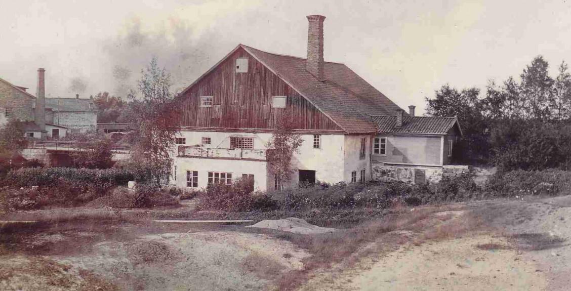 1910_ca_gamla_hyttan_backa_sala_web
