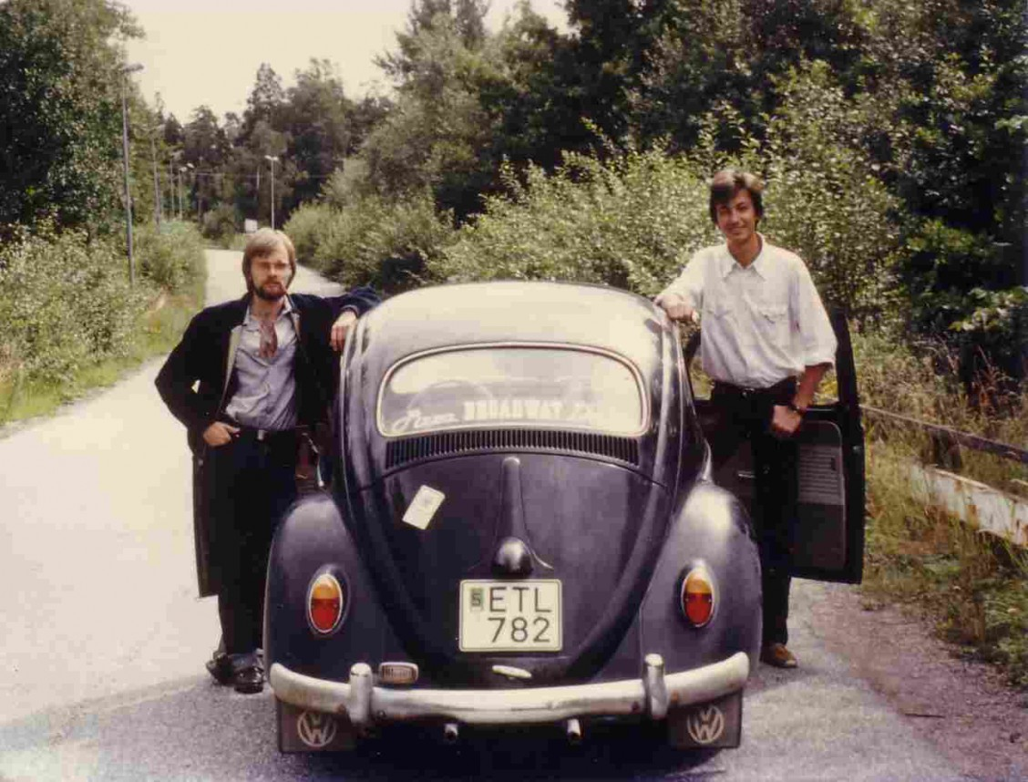 VW Bubbla och två killar